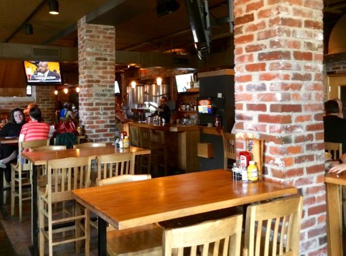 bluegrass brewing interior
