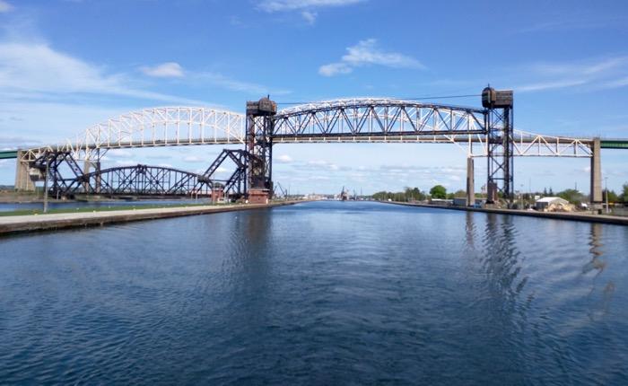 international bridge sault ste marie lock tour