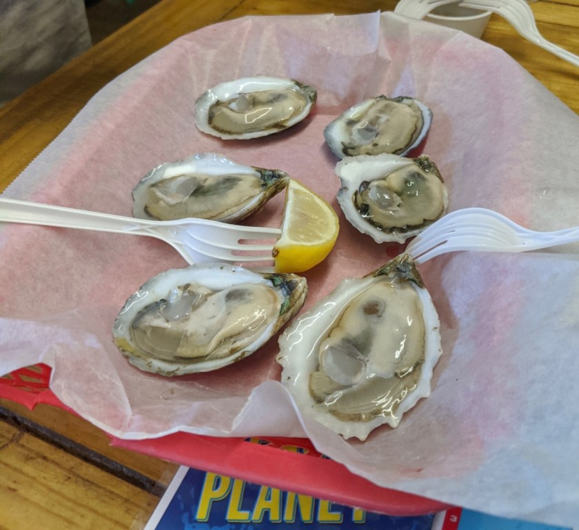 oysters at Lynn's in Eastpoint