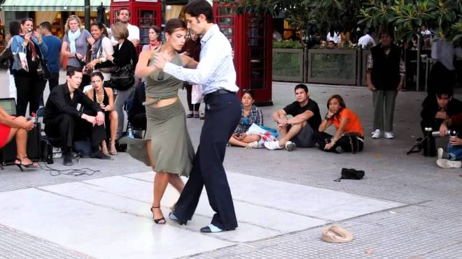 Argentine Tango - Street Performers