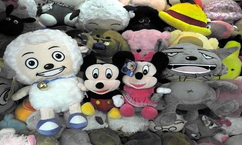 Mickey und Minnie bekommen in Shanghai regionale Gesellschaft