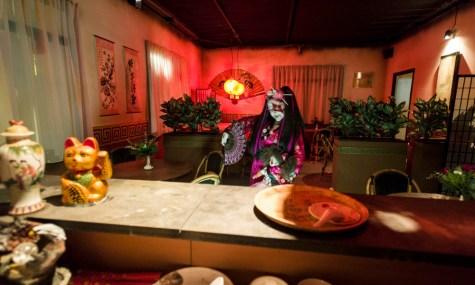 """Neben chinesischen Speisen stehen in """"Take Away"""" auch ganz andere Dinge auf der Speisekarte..."""