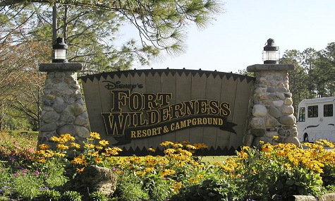 Fort_wilderness_resort_logo