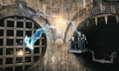 Bellatrix Lestrange wird den Fahrgästen die Flucht aus Gringotts deutlich erschweren - Anklicken zum Vergrößern!
