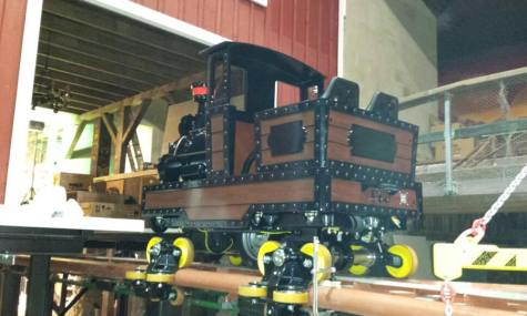 Das Front-Car des neuen Powered-Coaster!