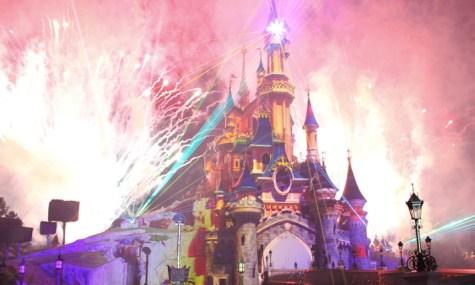Das Feuerwerk bildet den Tagesabschluss eines jeden Disney-Tages