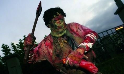 Ein Zombie scheint entkommen zu sein und sucht sich bereits neue Opfer