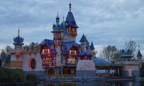 Das Schloss scheint fast fertig zu sein - Anklicken zum Vergrößern!