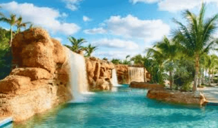 top places in the Bahamas,Atlantis Paradise Island