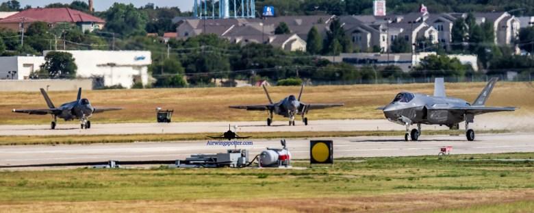 f35C-F35A on tarmac