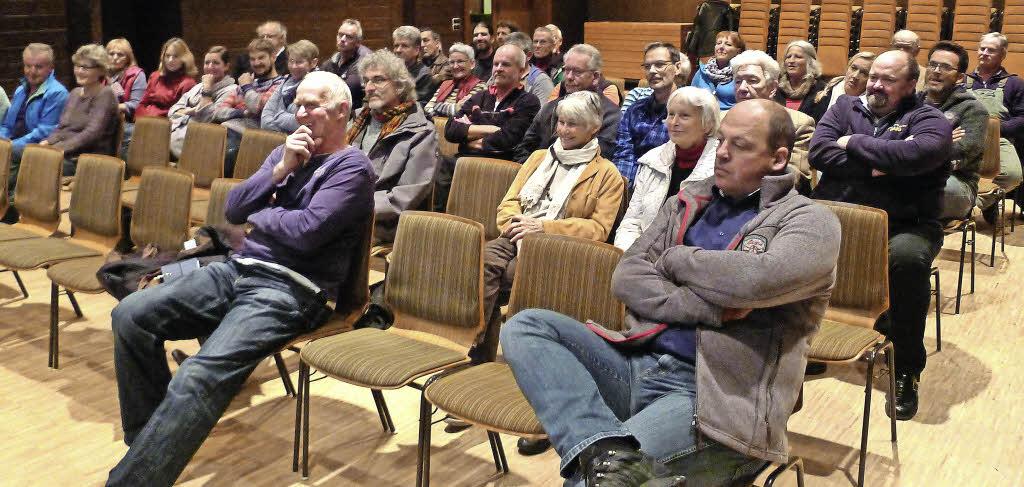 Die Vorstellung des Nutzungskonzeptes des Saiger Rathauses interessierte viele Saiger Bürger. Foto: Eva Korinth