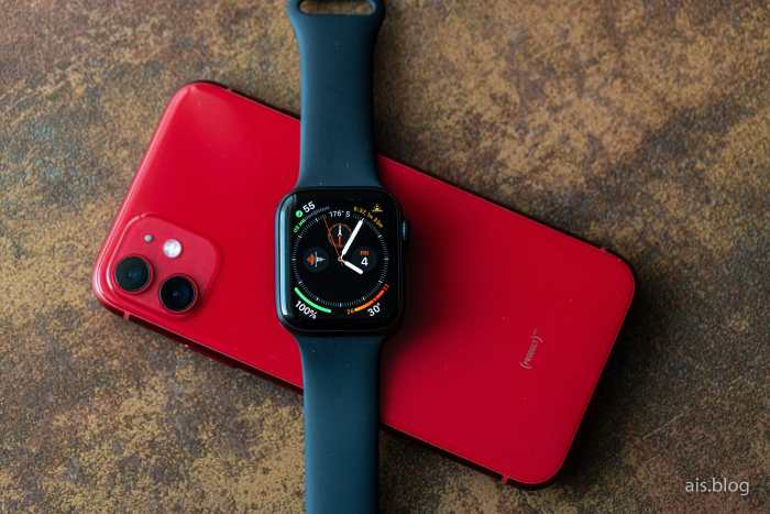 Apple Watch series 5 on iPhone 11