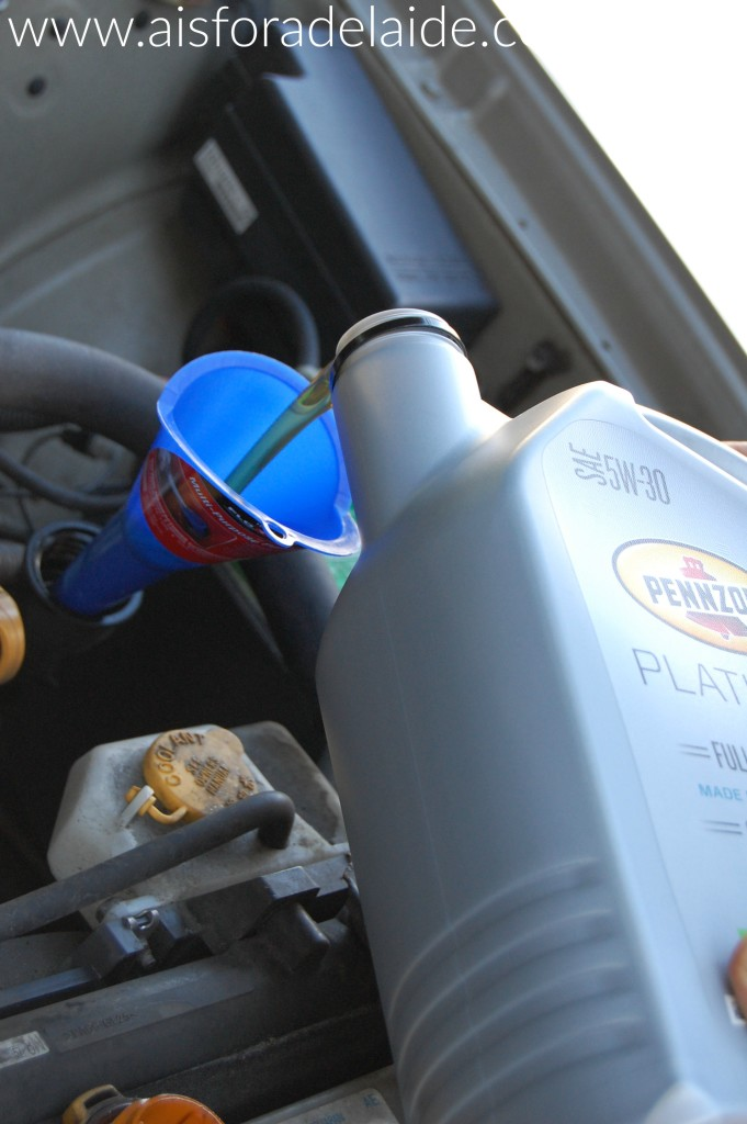 Your step-by-step guide to doing your own oil change! #DIYoilchange #collectivebias [ad]