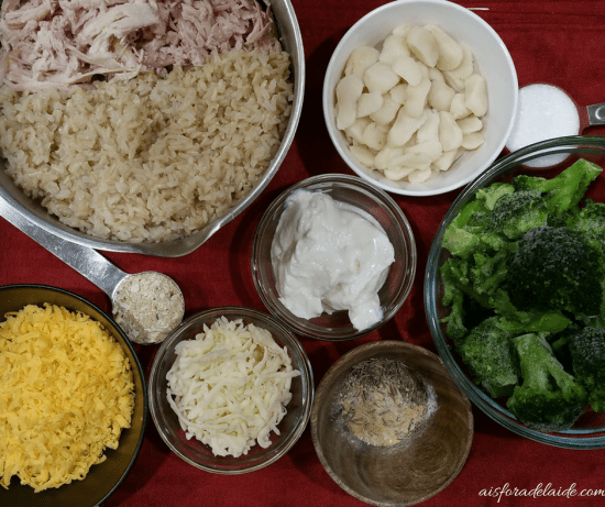 Healthy Broccoli Chicken Casserole: Simple Holiday Goodness + Community Cheer at Stop & Shop #sponsored