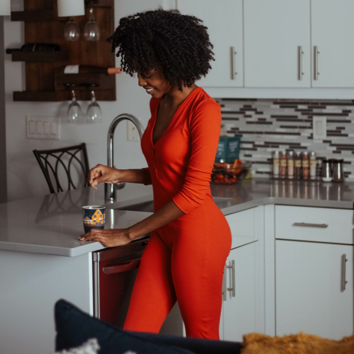 aisha beau, skarlett blue, self-care gift guide 2019