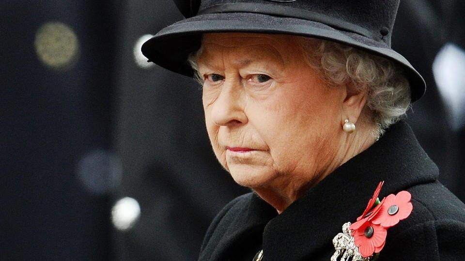 Thronwechsel In England Dankt Queen Elizabeth Ii Noch Dieses Weihnachten Ab