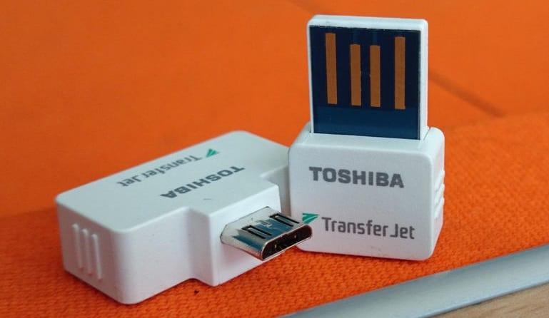 """""""توشيبا"""" تطرح تقنية TransferJet كبديل عن تقنيات نقل البيانات الأخرى"""