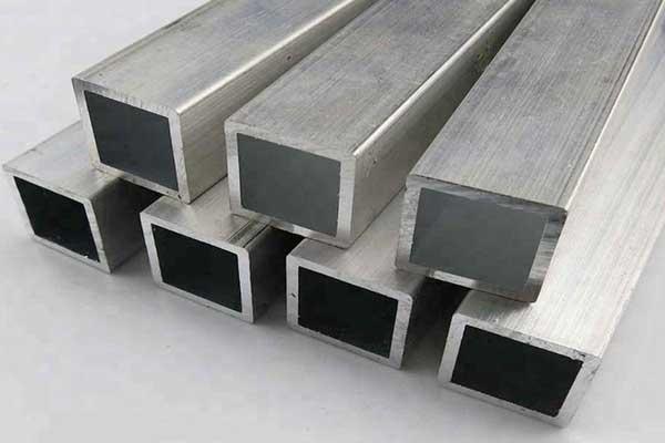 Tubo de alumínio quadrado / retangular