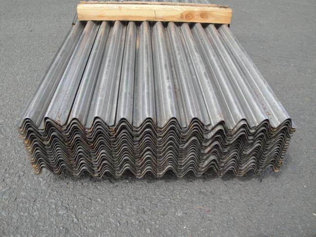 Metal Grapestakes in Full Bundle