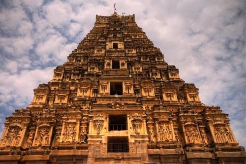 Virpaksha-temple-Hampi