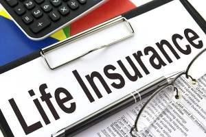 जीवन बीमा लेने से पहले जरूर जाने ये 10 महत्वपूर्ण बातें