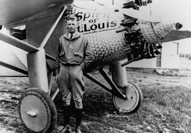 Penerbangan solo Charles Lindbergh melintasi Atlantic