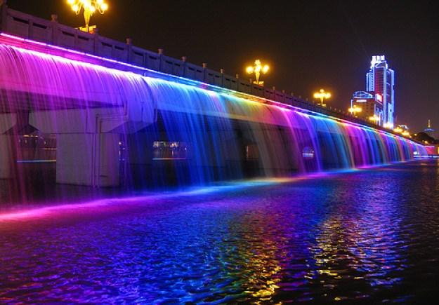 Banpo Bridge (Korea Selatan): The Fountain Bridge