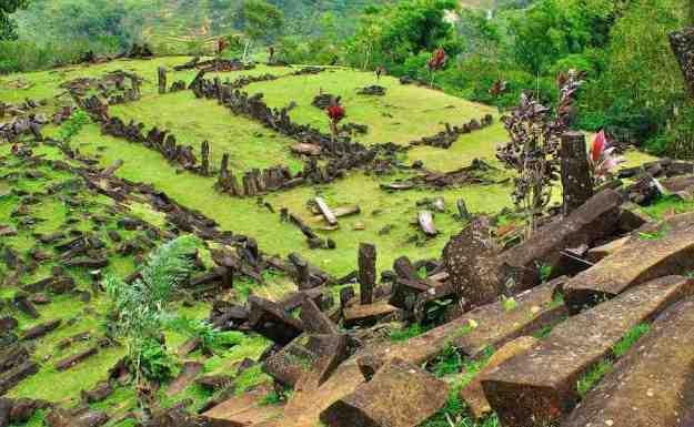 Diperkirakan sejak 2800 - 4500 SM, Situs Gunung Padang Telah Ada