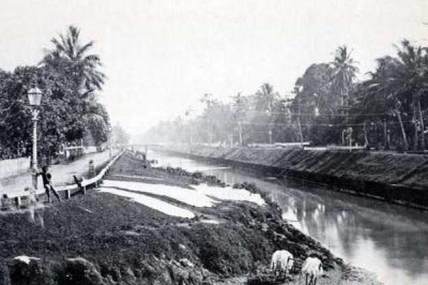Berbagai Perkakas Zaman Prasejarah di Sepanjang Aliran Ciliwung