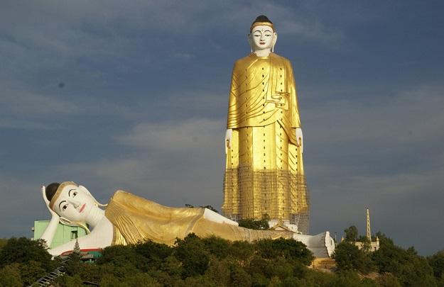 Patung Budha Monywa di Myanmar