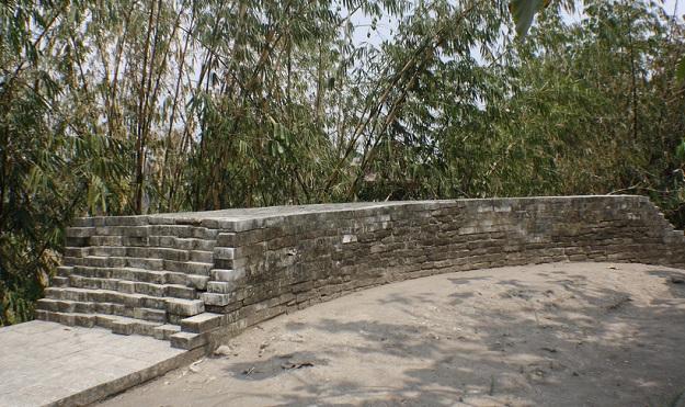 Sisa-sisa Reruntuhan Benteng Kotagede