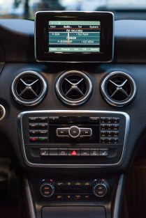 Mercedes-Benz A-sarja radio