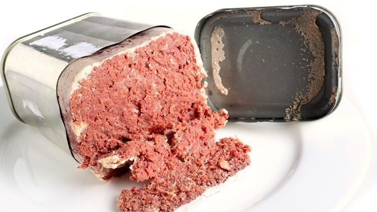 bully beef in a can