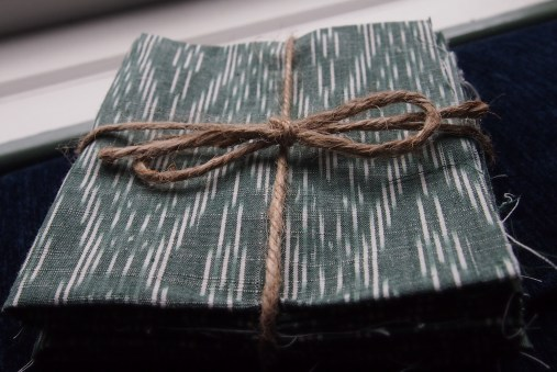 Napkin kit in Ikat