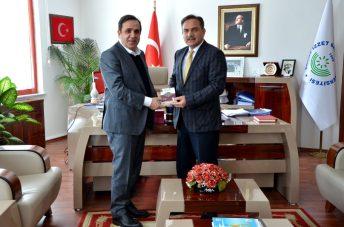 DSC 9483 - BTSO Başkanı Ateş, Rektörümüz Prof. Dr. Hayri Coşkun'u Ziyaret Etti