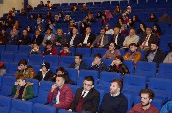 DSC 2634aa - Gazeteci-Yazar İsmail Kılıçarslan AİBÜ'de Medeniyet Kavramını Anlattı