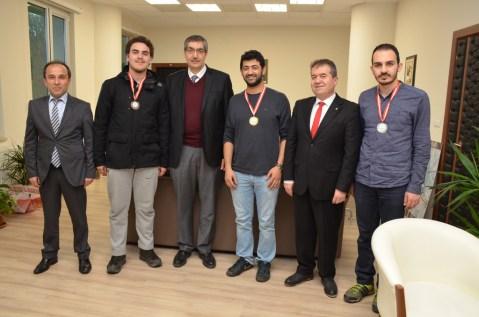 DSC 8630 - AİBÜ Satranç Turnuvası Sonuçlandı