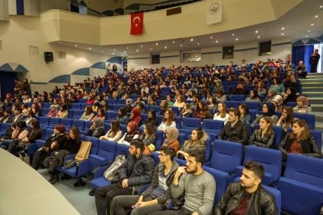 DSC08018 - Üniversitemizde Psikoloji Konferansı Düzenlendi
