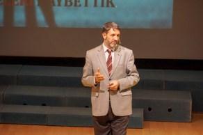 """DSC08775 - Doç. Dr. Şaban Karasakal, KYK'lı Öğrencilere """"İsraf""""ı Anlattı."""
