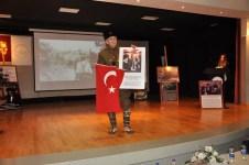 DSC 0694 - Çanakkale Muharebeleri Gazisi Hüseyin Kaçmaz'ın Oğlu, Babasının Hatıralarını Gençlerle Paylaştı