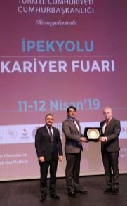 GAÜN'DE BÖLGENİN EN BÜYÜK KARİYER FUARI 6 - Rektör Alişarlı, İpekyolu Kariyer Fuarına Katıldı