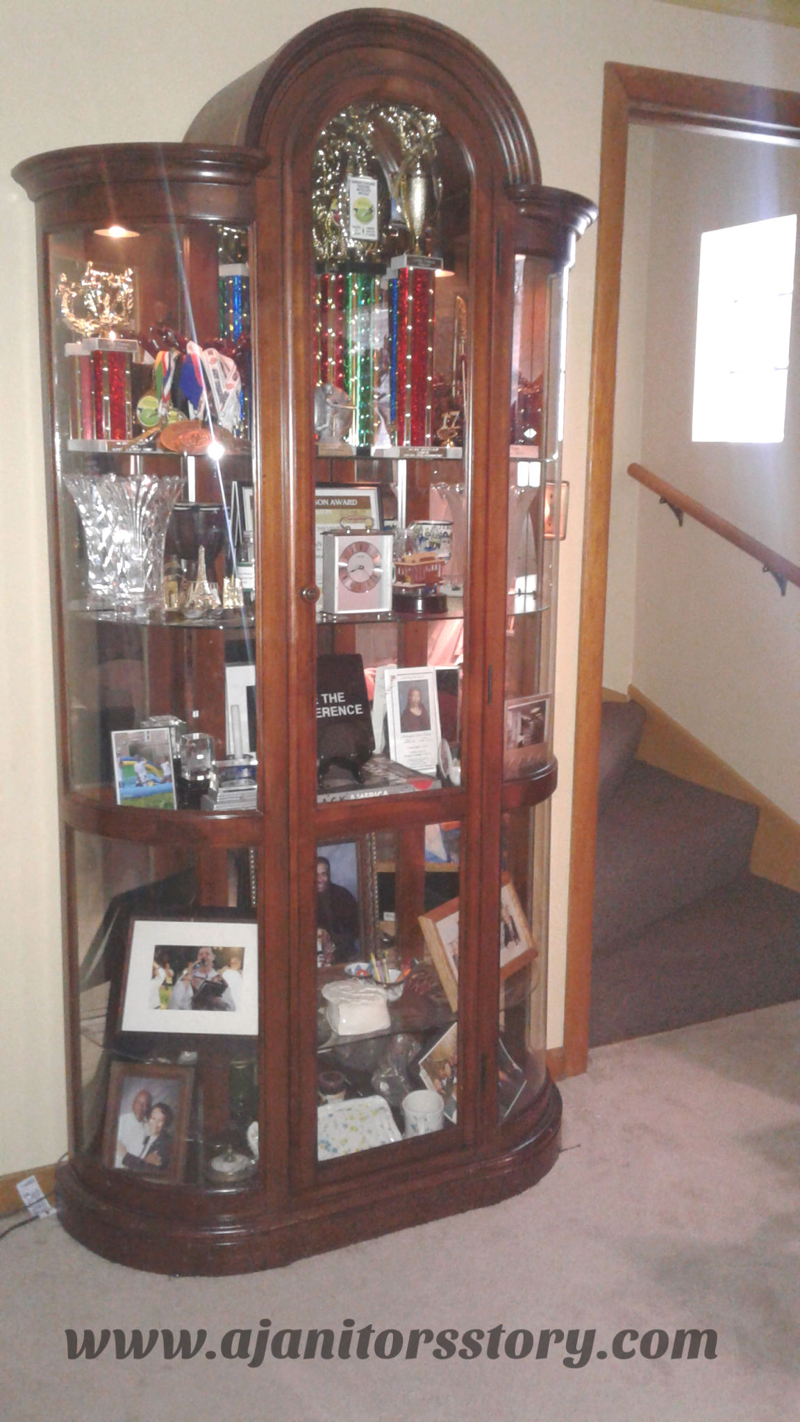 How to clean a glass curio and shelves.
