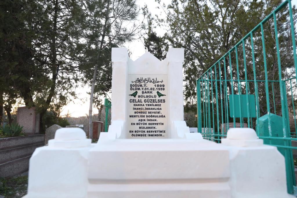 Büyükşehir belediyesi Celal Güzelses kabrini yeniledi