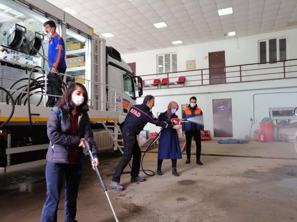 Diyarbakır AFAD gönüllülerine teorik ve uygulamalı eğitim verildi