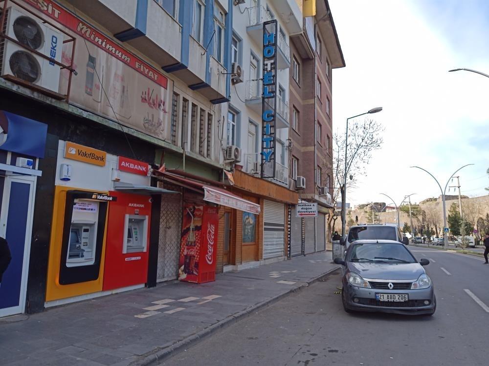 Diyarbakır'da kavga: 1 ölü, 3 yaralı