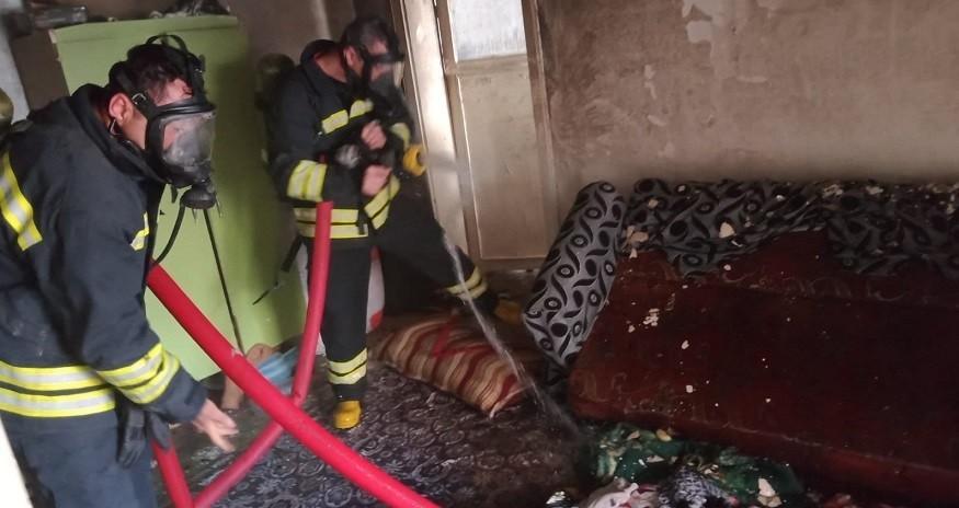 Diyarbakır'da bir evde yangın çıktı 1 ölü 5 yaralı