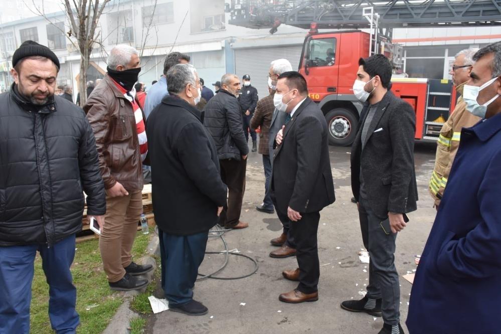 Beyoğlu, yangının çıktığı Toptancılar Sitesinde incelemelerde bulundu