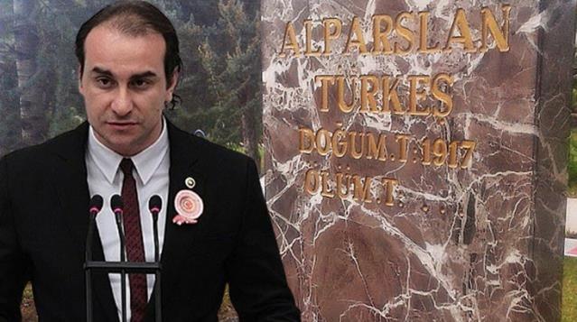 Türkeş'in oğlu, babasının ölüm yıl dönümünde kabir ziyaretine alınmadı