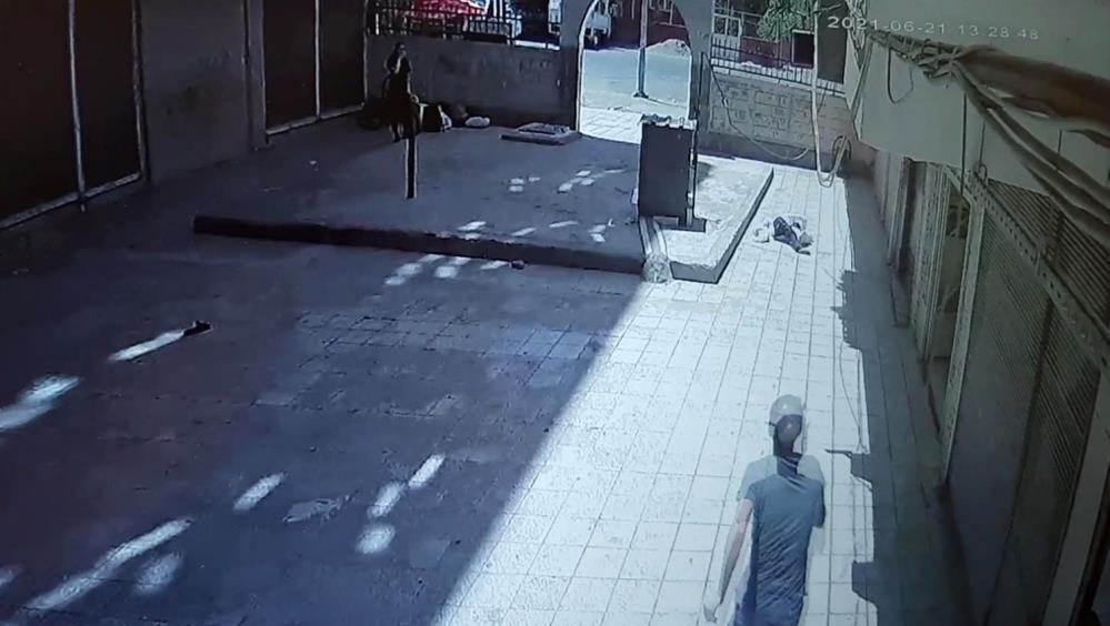 Diyarbakır'da genç kız 7. kattan aşağı düştü iddiası