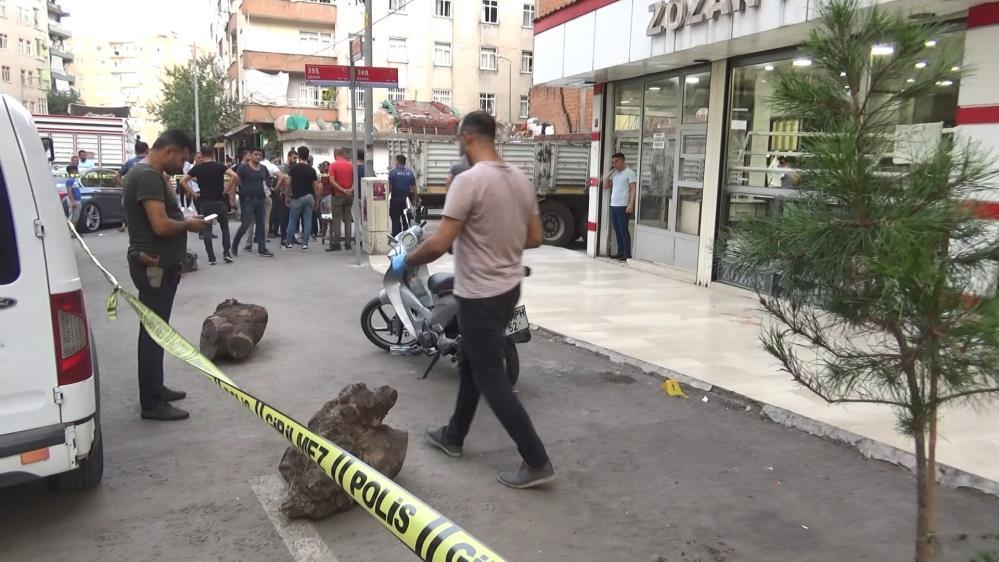 Diyarbakır'da iki grup arasında silahlı kavga: 5 yaralı